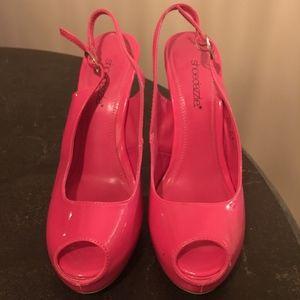 d8c9174c46f ShoeDazzle Platform Slingback Hot Pink Heels